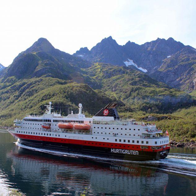 Nordland Touristik Hurtigruten Postschiffreisen